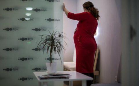 """英国媒体探访乌克兰DY代妈:除了赚钱,代妈的""""..."""